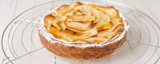 recette de gateau invisible aux pommes sans gluten ni lactose la faim des d lices. Black Bedroom Furniture Sets. Home Design Ideas